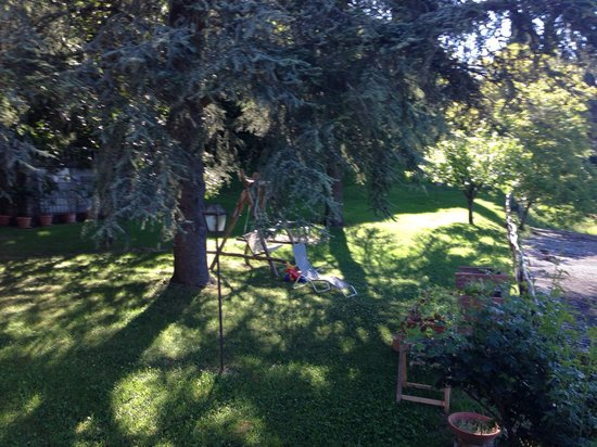 Villa Camilla: Giardino esterno