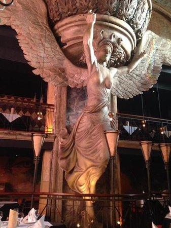 la madonna sculpture - so impressive!