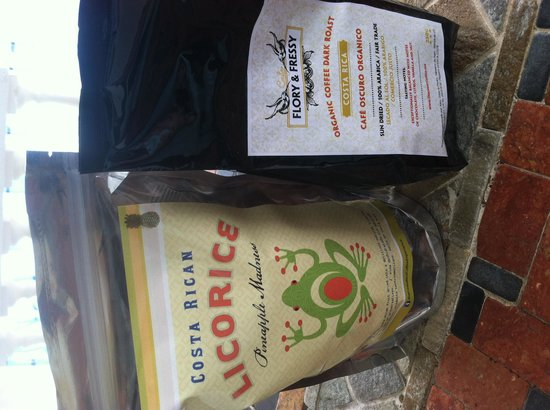 The Costa Rica Coffee Experience : coffee and CR licorice