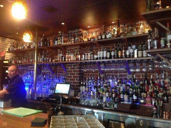 Brickhouse Restaurant: The Bar