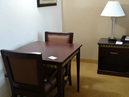 Ramada San Diego Airport: Table and chairs for 2, perfect for laptop