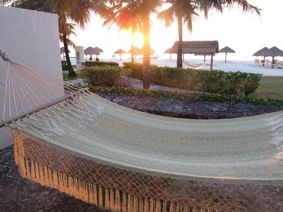 Presidente Inter-Continental Cozumel Resort & Spa: evining sun