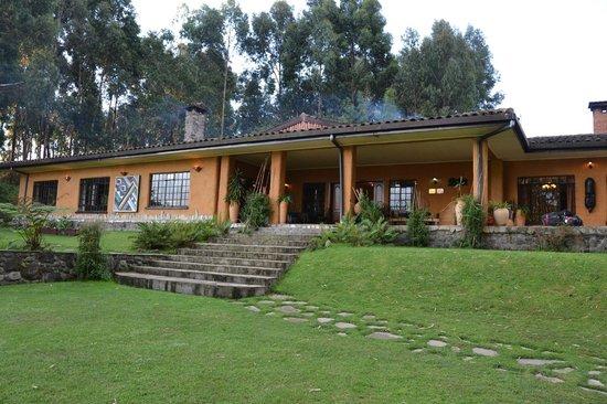 Sabyinyo Silverback Lodge: The lodge