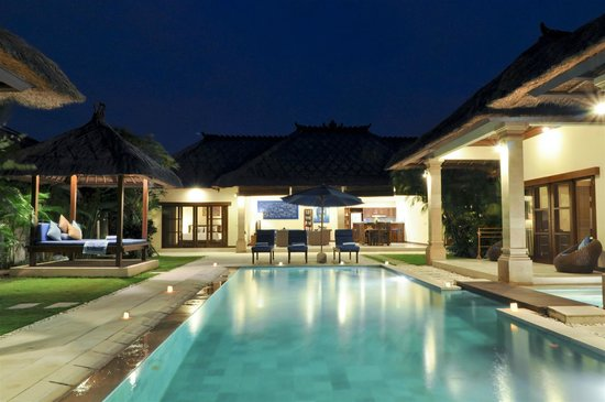 Villa Bugis: Villa Saphir - 4 Bedroom Seminyak Villa