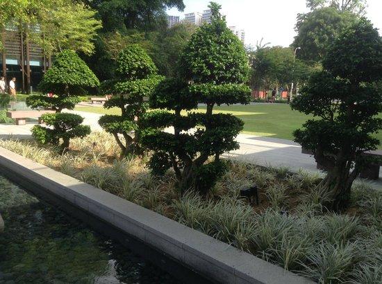Days Hotel Singapore At Zhongshan Park : hotel & grounds