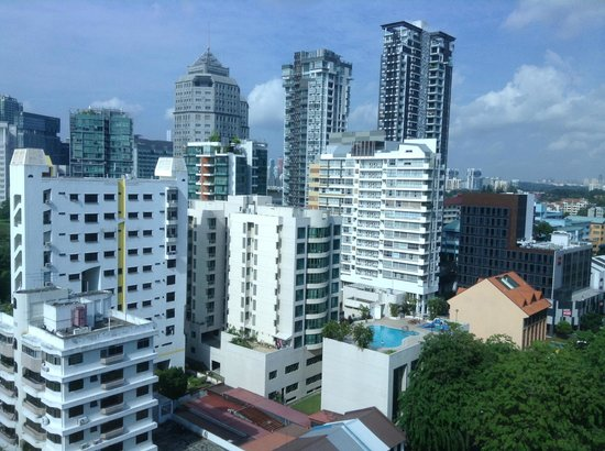 Days Hotel Singapore At Zhongshan Park : View from my room