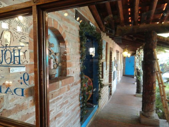 Tohono Chul Garden Bistro: one side of the enclosed patio, with fountain and seating