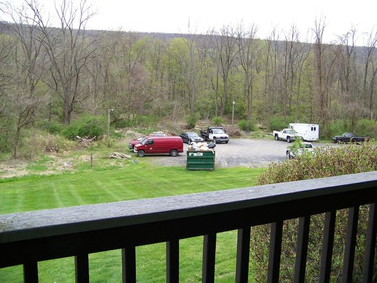 Depuy Townhouses: Dumpster view--don't stay at this location