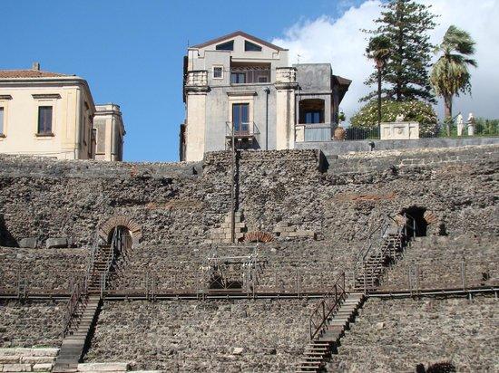 Parco Archeologico Greco Romano di Catania: Roman Amphitheater Catania Italy 2013