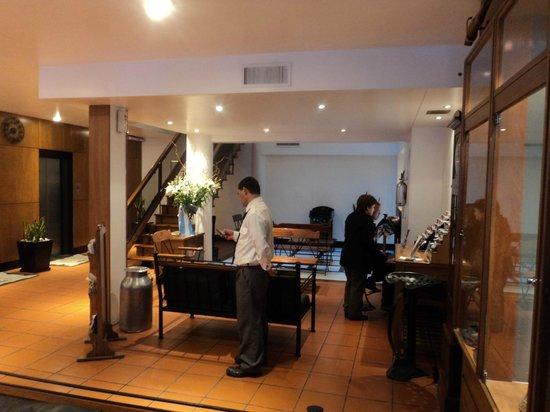 Hotel Facon Grande: Recepção