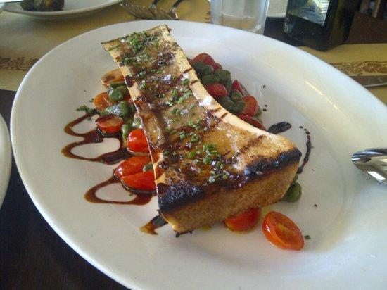 Angelini Osteria : Yummy roasted bone marrow
