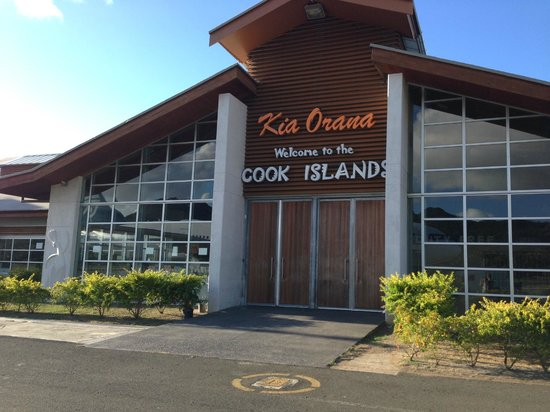 The Rarotongan Beach Resort & Spa : Cook Islands Airport