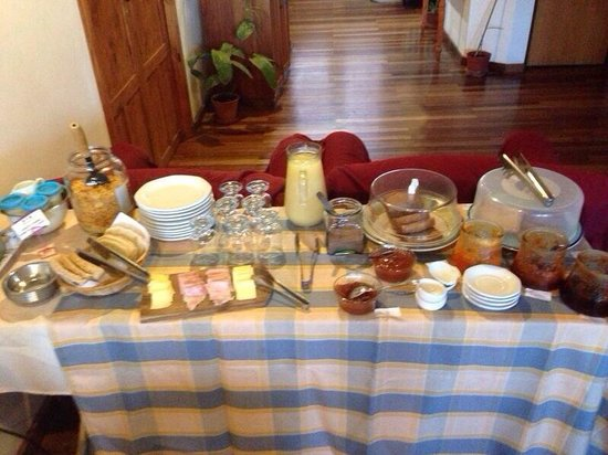 Posada Karut Josh: Home made breakfast!!!!!!