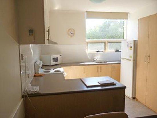 Corfu Holiday Units : Kitchen