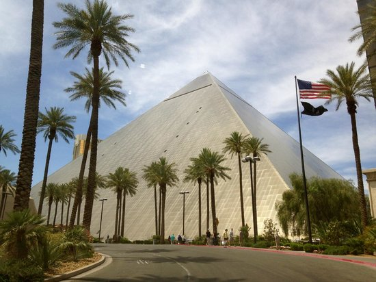 Luxor Las Vegas: The Pyramid