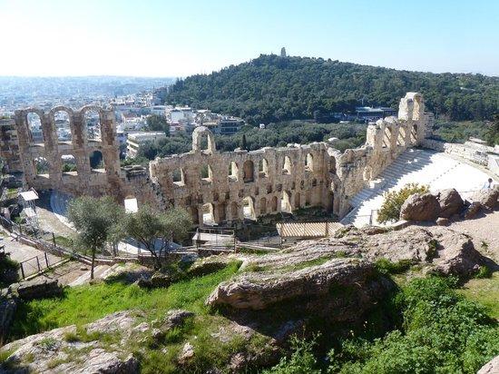 Herod Atticus Odeon: El estilo romano