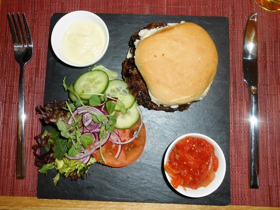 The Abbot's Elm Restaurant: The Most Amazing Burger Ever!  Great Relish!