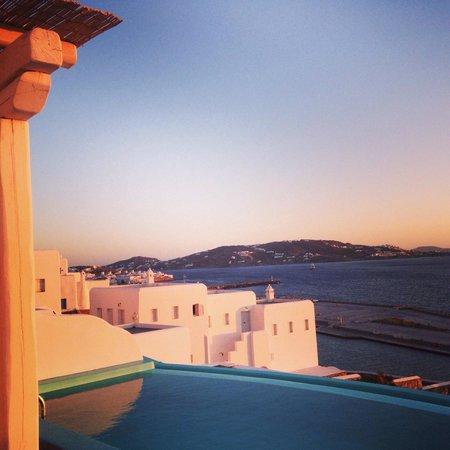 Kouros Hotel & Suites: Paradise!!!!