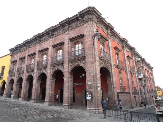 Hotel del Portal San Miguel: Casa de la Canal, Junto al Hotel