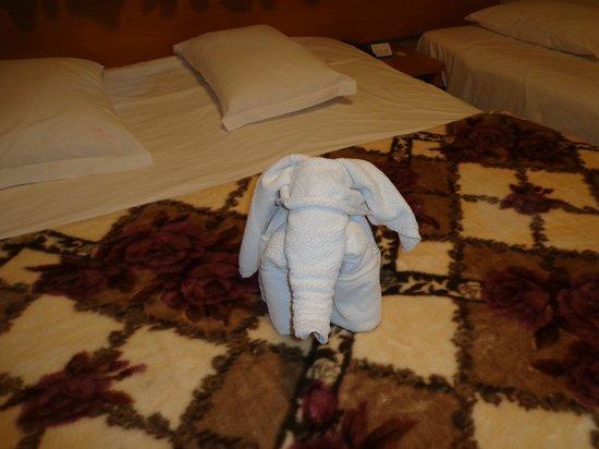 Del Rey Hotel: Arrumação do quarto