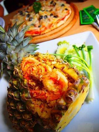 The Mangrove Panwa Phuket Resort: Yummy room service!