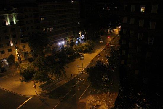 Hotel Exe AB Viladomat: Вид из окна