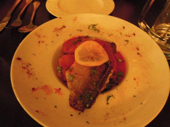 La Casa Kuantan: Pan fried fish