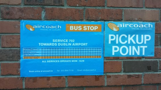 Maldron Hotel Pearse Street: Blue Bus Stop photo 2