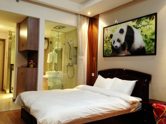 ‪Chengdu Panda Apartment‬