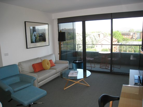East Hotel: Living area - Lux apartment