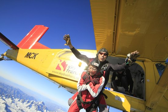 Skydive Franz: Jump from Our Super Cool Pilatus Porter