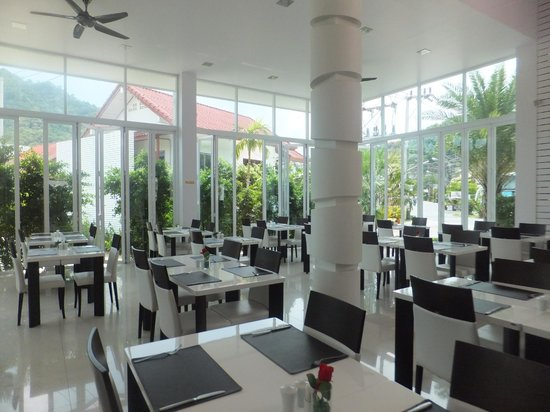 The Palmery Resort : dining area
