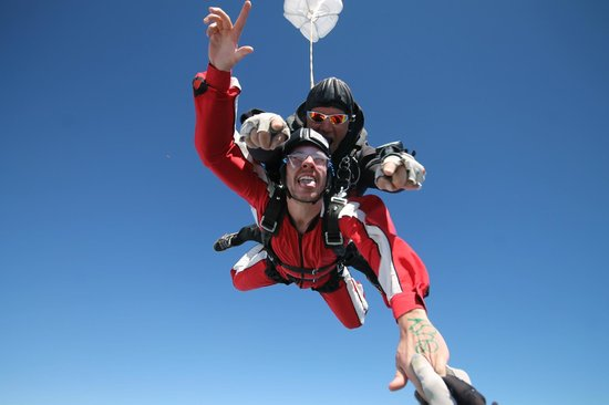 Skydive Franz: Freefall from 18,000ft!!