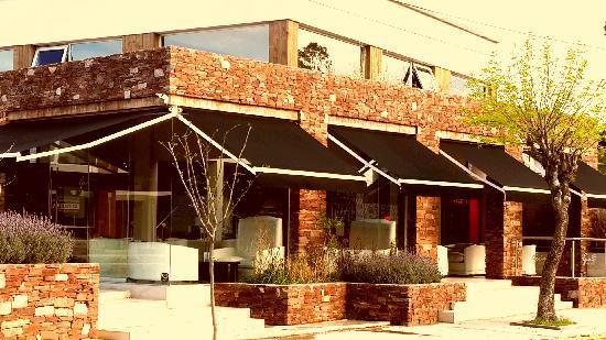 GIO Cafe & Platos