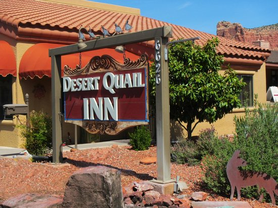 Desert Quail Inn: Nice, quiet setting in the hill country.