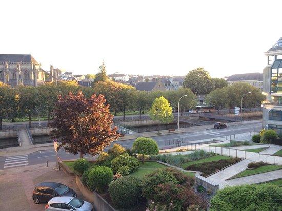 Hotel Dupleix : Vue sur la cathédrale au réveil.
