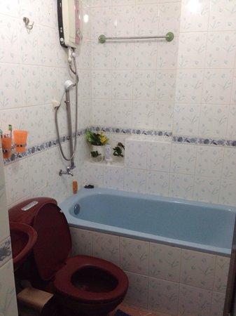 Thai Nhi Mini Hotel: ванная