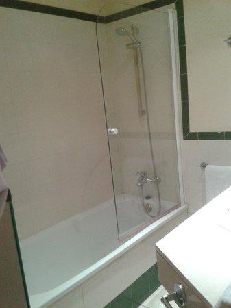 Hotel T3 Tirol: Cuarto de baño