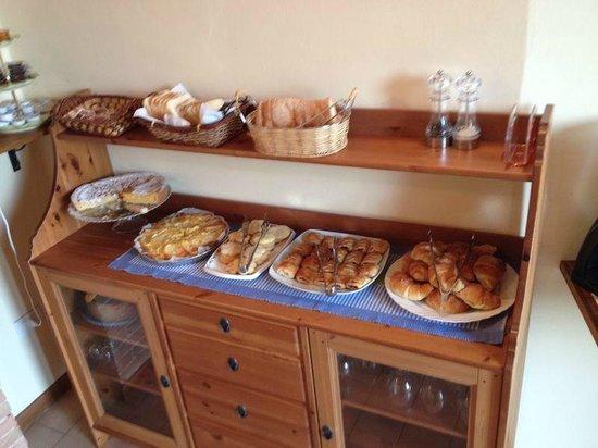 Casale Virgili : EL maginifico desayuno