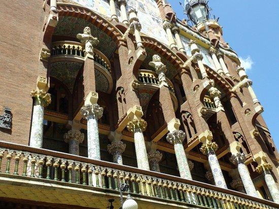 Palais de la Musique Catalane (Palau de la Musica Catalana) : 建物