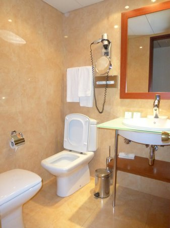 Holiday Inn Lisbon - Continental : Throne Room