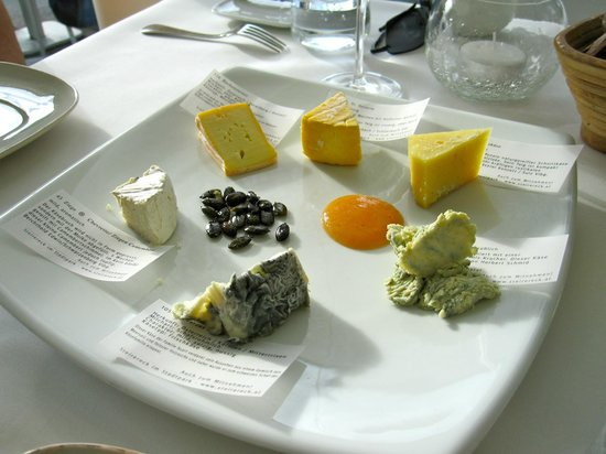 Meierei am Stadtpark : Just order the cheese platter
