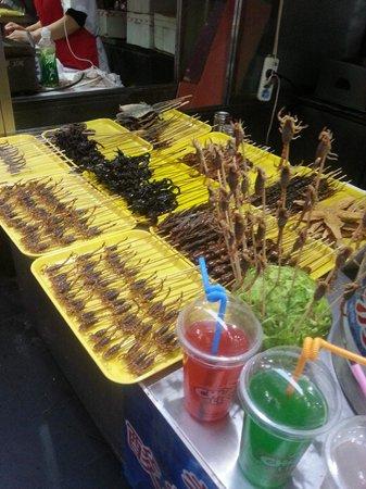 Wangfujing Street : makanan special kalajengking bakar