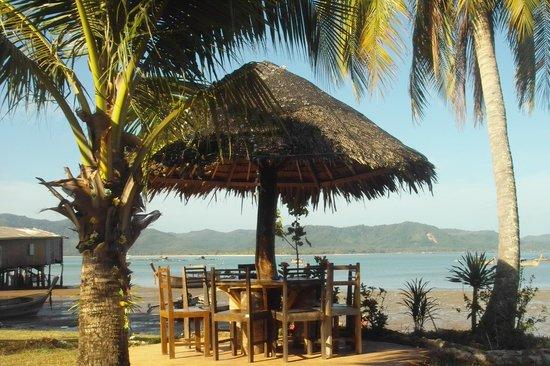 K.Y.N. Muay Thai Gym: Beach view