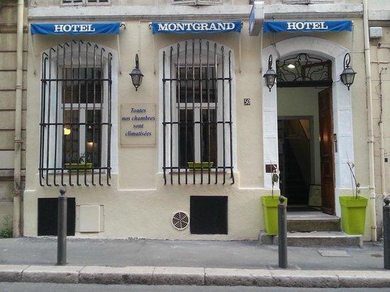Hotel Montgrand: Main Entrance