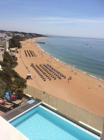 Rocamar Exclusive Hotel & Spa: View from pool side