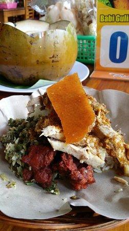 Warung Babi Guling Ibu Oka 3: Our meal
