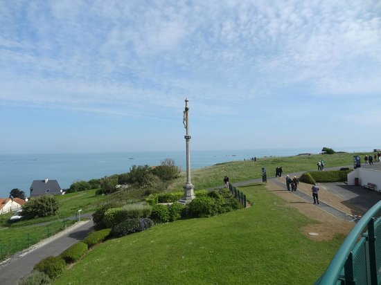 Arromanches 360 : view from outside cinema