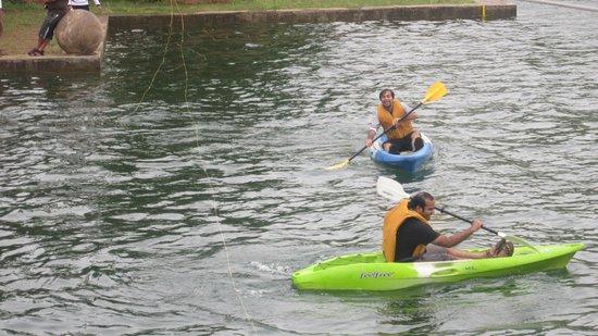 Ananda Valley Resort: Kayaking