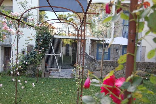 Casa dos Guindais: Garden